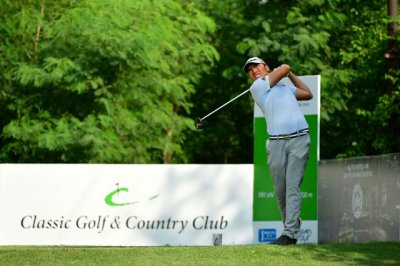 Led by Chadha Indians make strong charge, but Indonesian Hie leads at Classic Golf  Country Club International Championship